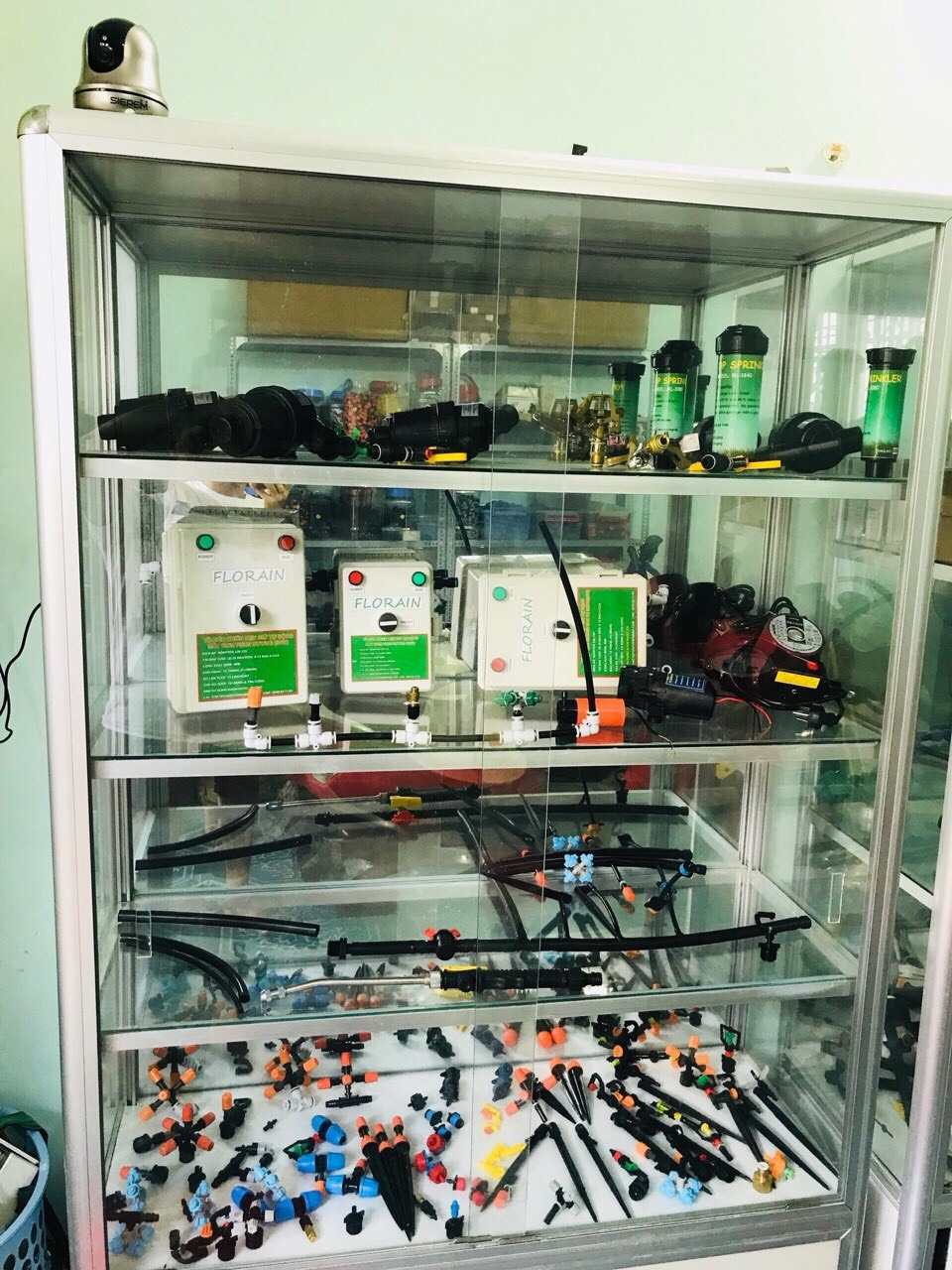 Cửa hàng mua bán thiết bị tưới cây thông minh tự động tại tphcm